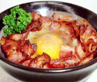 卵かけごはん(カリカリベーコン)の画像