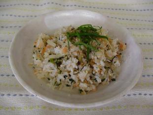 麦ごはんの鮭チャーハンの画像