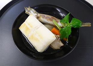 シシャモで生まれ変わったお雑煮の画像