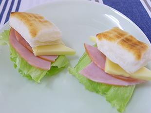 フレッシュ餅サンドの画像